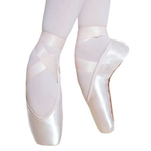 Energetiks Lucelle Pointe Shoe Size; 33 Width; 2 Strength; Soft